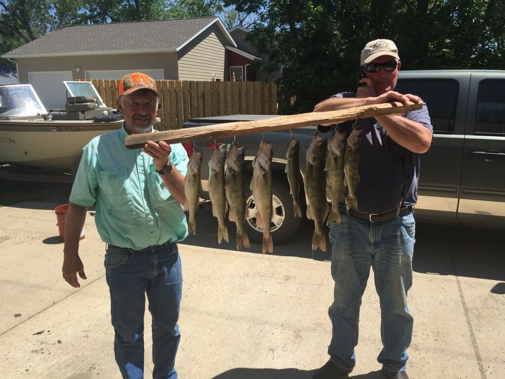 South dakota fishing report lake oahe lake thompson for Lake thompson sd fishing report