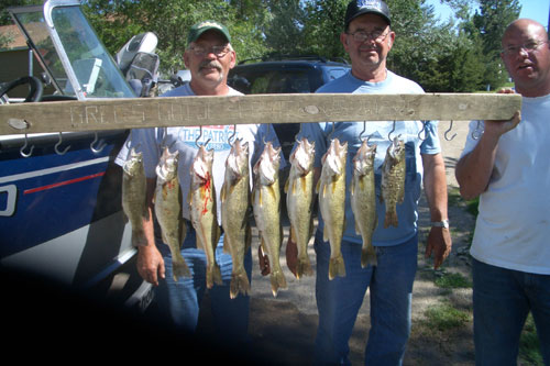South Dakota walleye fishing, great day on Lake Oahe
