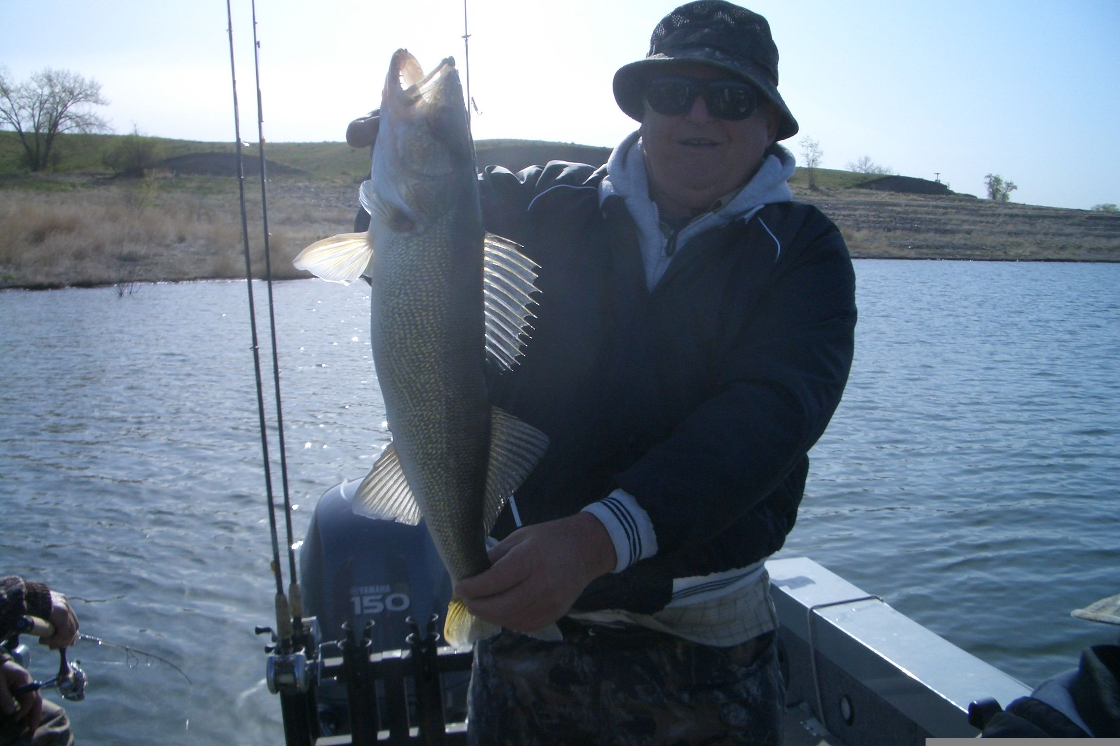 Missouri River walleye fishing